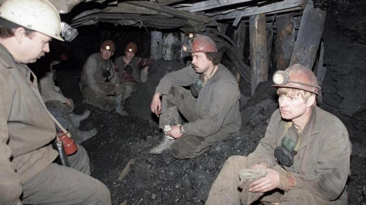 """В """"ЛНР"""" назревает новый бунт – сотни шахтеров на грани """"взрыва"""""""