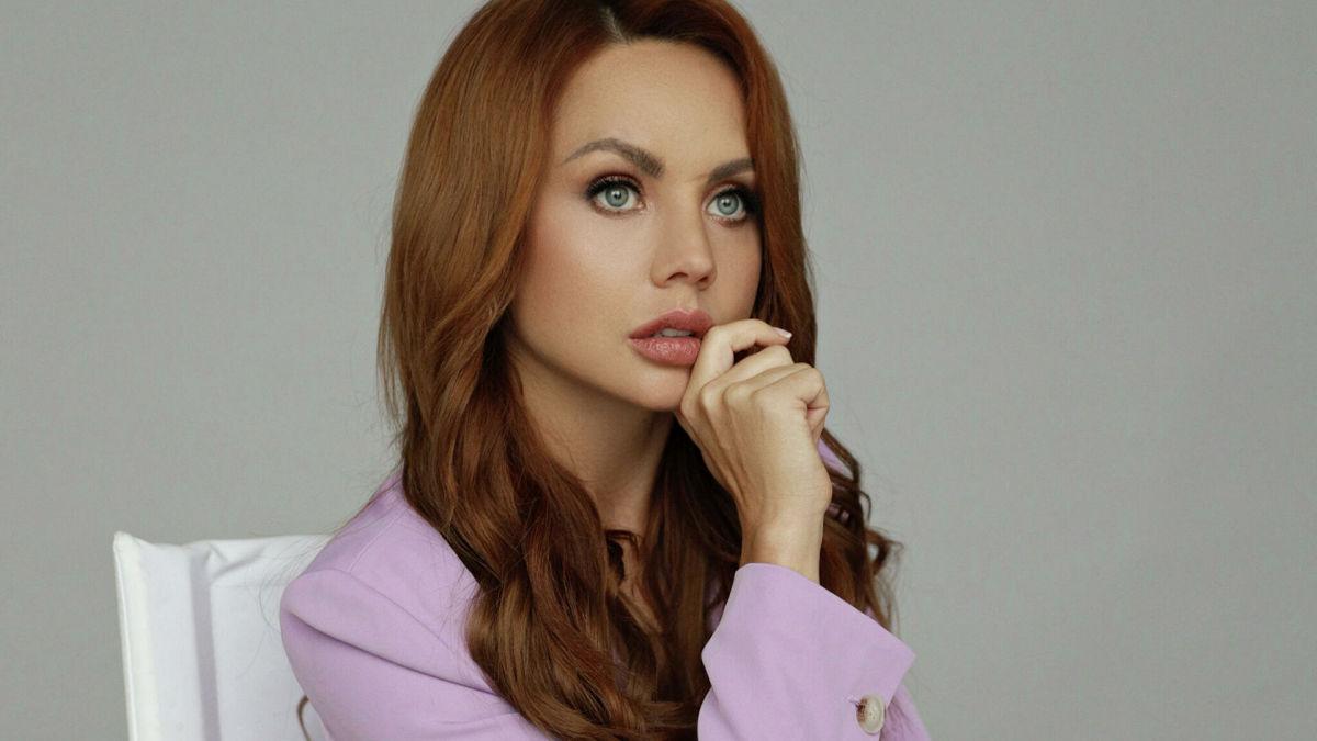 Певица Максим смогла побороть тяжелую болезнь и появилась на публике