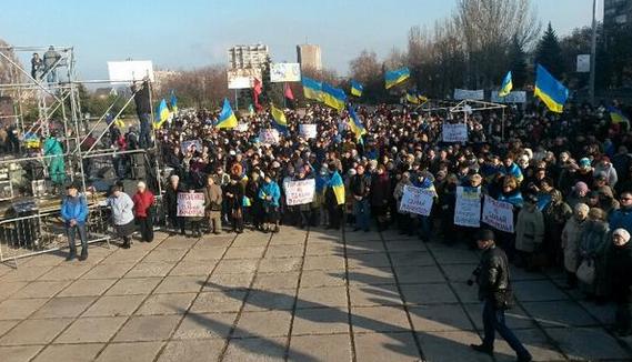Главное за день 9 ноября: взрыв в Харькове, покушение на Захарченко, митинг в Мариуполе за введение военного положения
