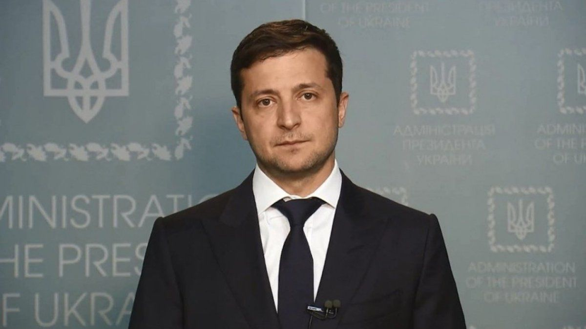 Тайная вакцинация от коронавируса в Украине: Зеленский резко отреагировал