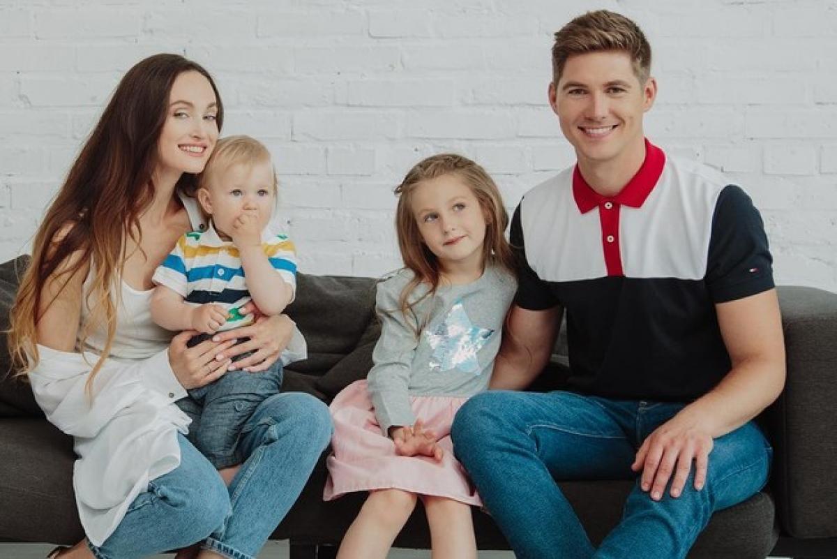 Остапчук подает в суд на мать своих детей Елену Войченко