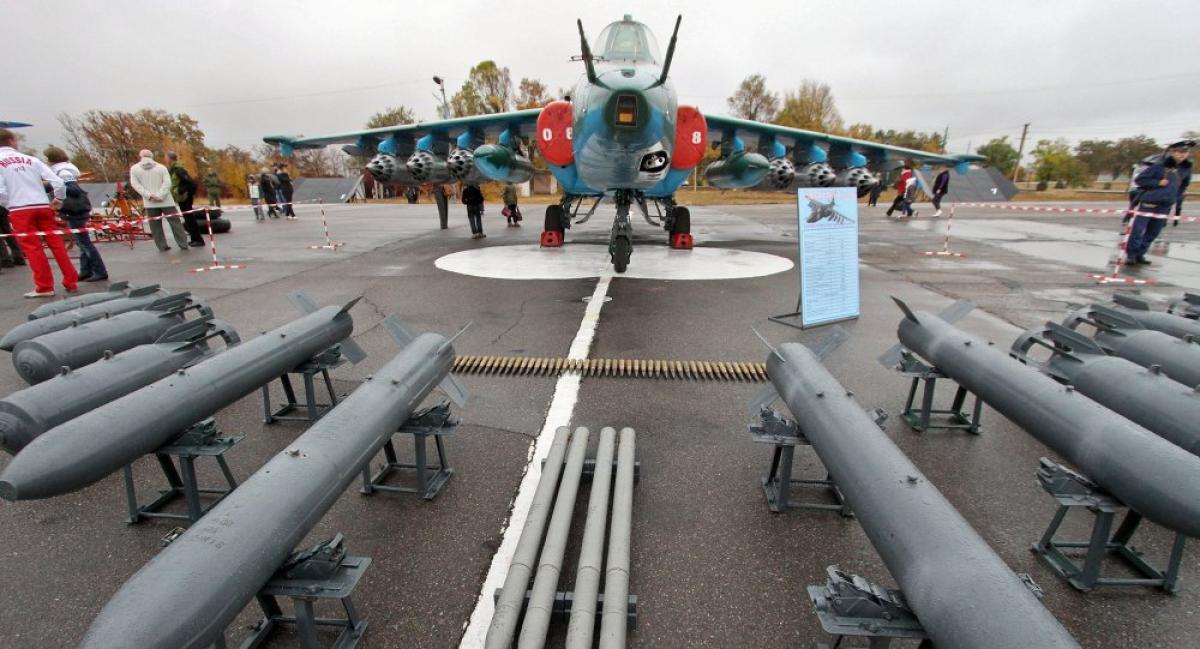 Россия экстренно перевела свою авиабазу в Кыргызстане на усиленный режим