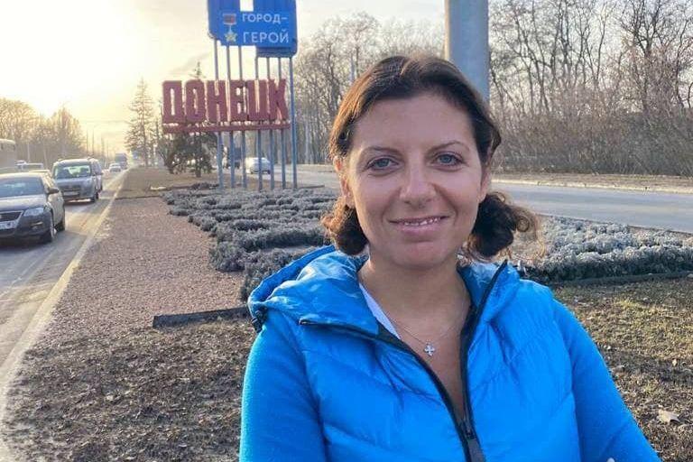 Симоньян приехала на передовую в Донбасс