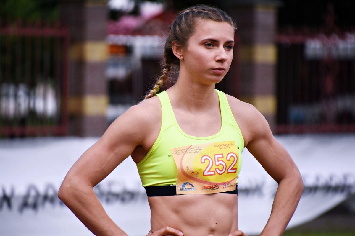 Скандал с Тимановской на Играх – 2020: в НОК Беларуси обвинили спортсменку в психологической нестабильности