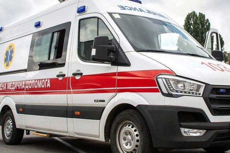 В Бердичеве судья с мужем жестоко избили семейного доктора: держали и наносили удары ногами