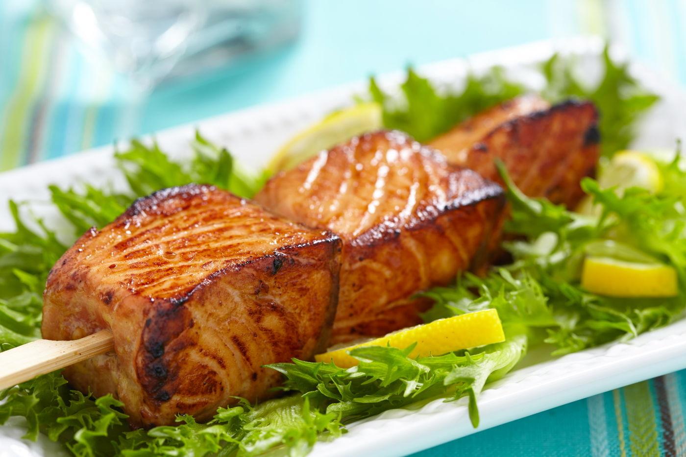 Рецепт смачного шашлика з риби на мангалі: головні секрети приготування