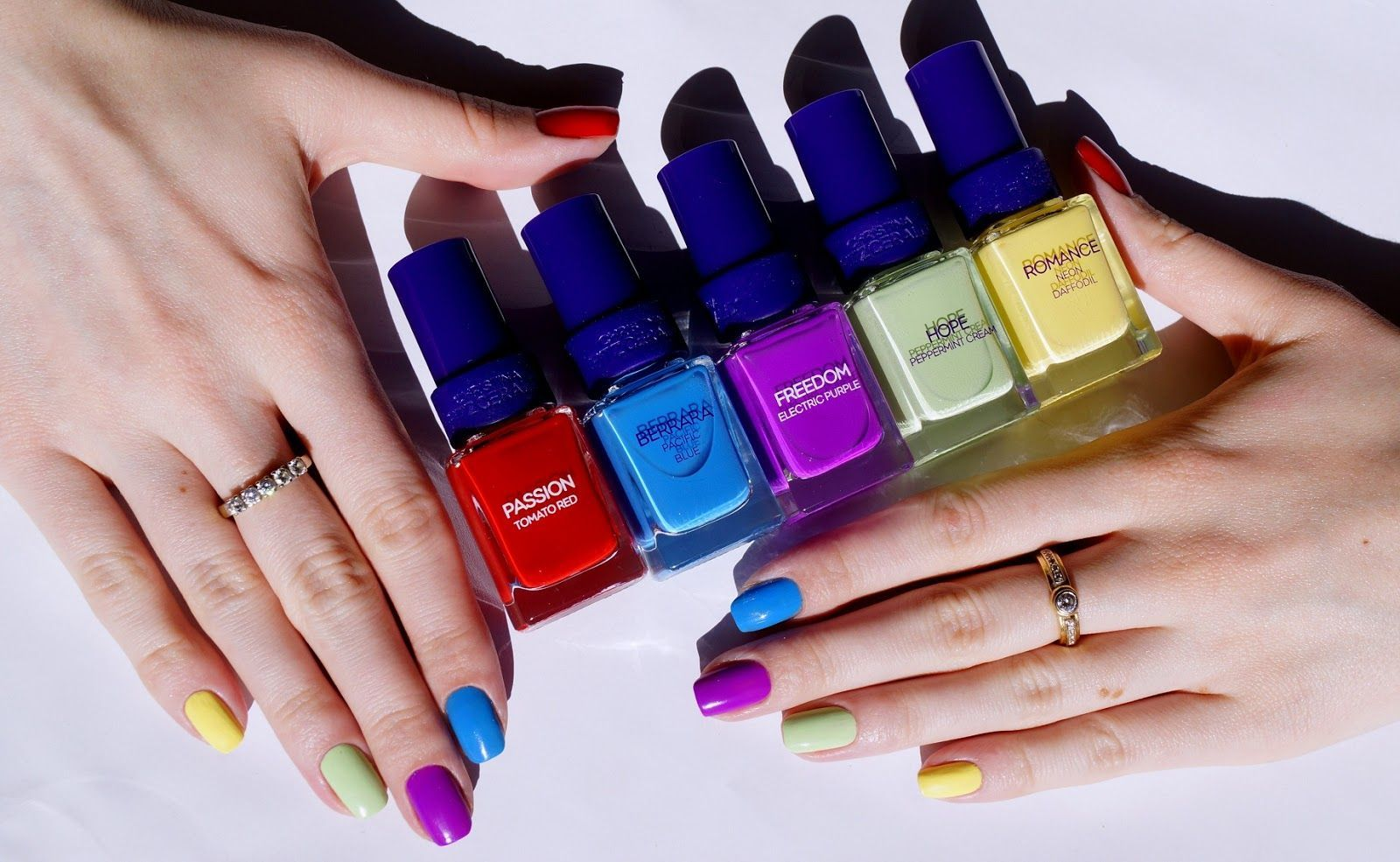 Совет стилиста: какие дизайны и оттенки ногтей будут в тренде этой осенью
