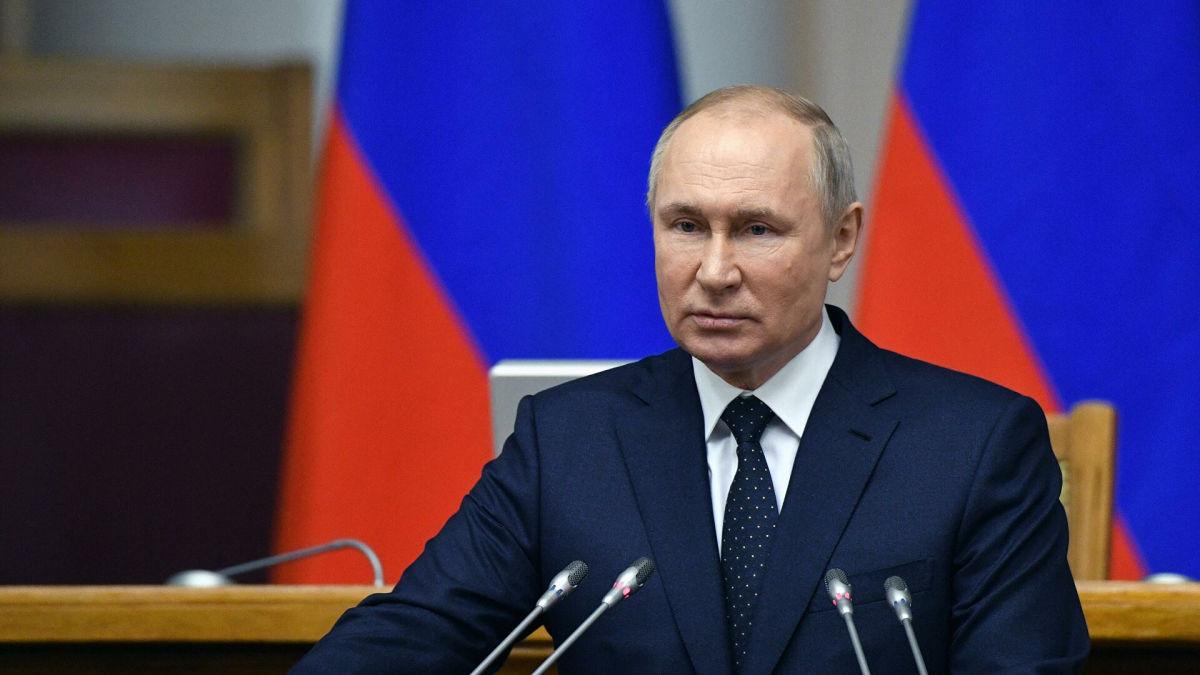 """""""Это троллинг"""", - известный историк Солонин о знаменитом путинском """"все равно победили бы"""" фашизм без Украины"""