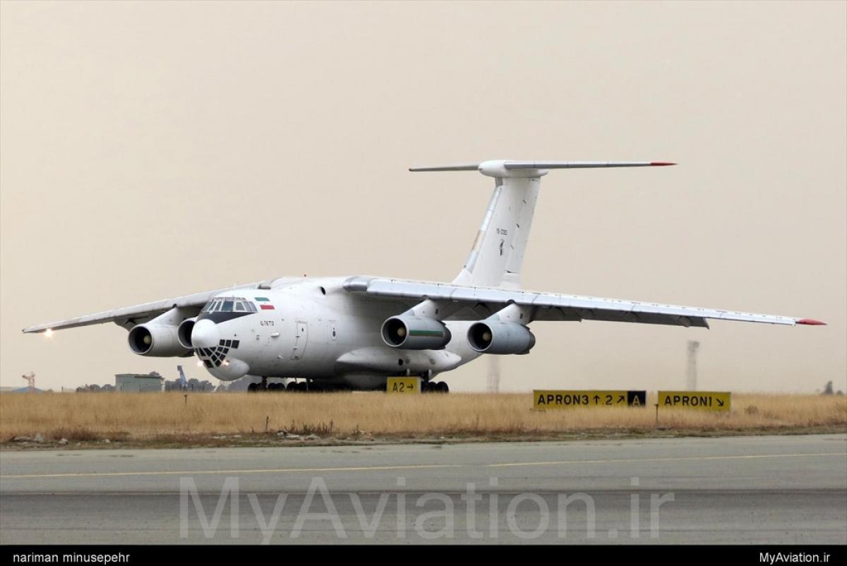 Россия отправляет тяжелую авиацию в Армению: первый самолет сел на военной базе в Гюмри