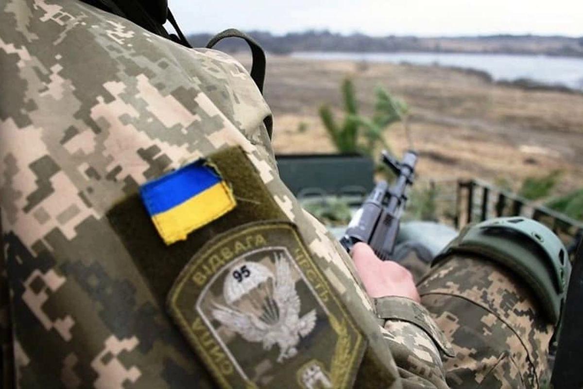 """На Донбассе вводится режим полного перемирия - у Зеленского прояснили детали """"прорыва"""""""