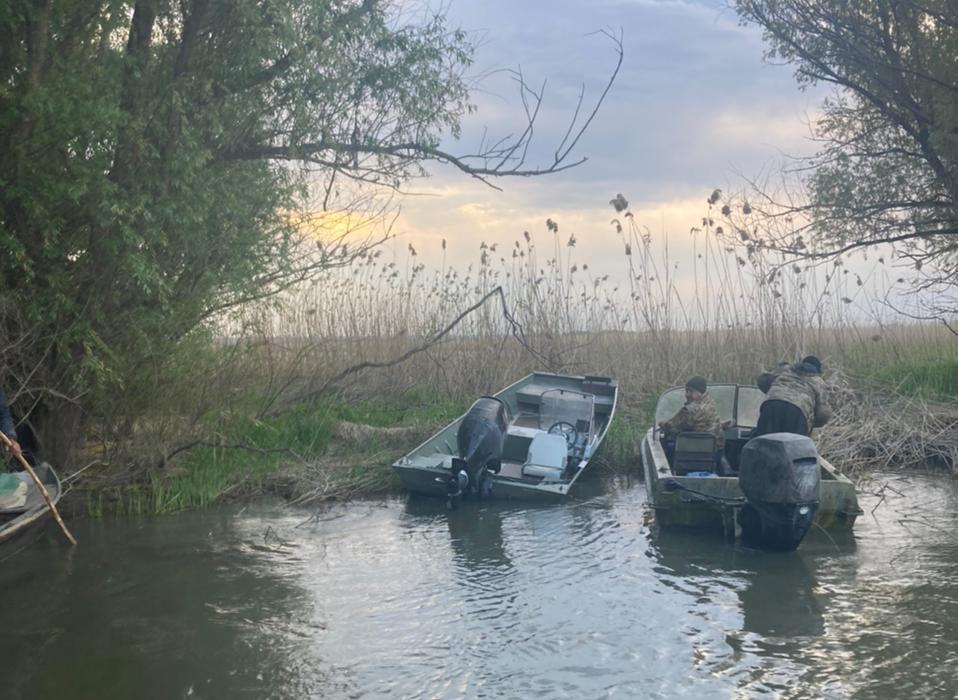 В Одесской области перевернулась лодка с пограничниками – на поиски подняли вертолет