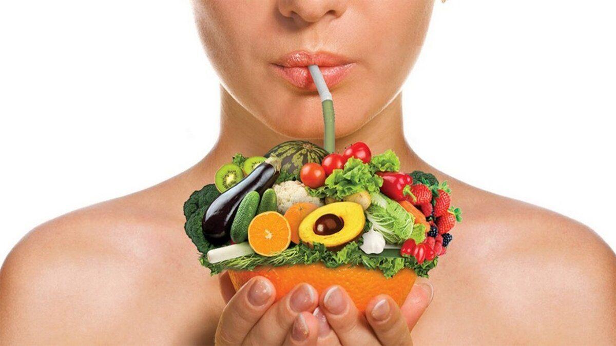 Совет эксперта: какие продукты замедлят старение и избавят от высыпаний на коже