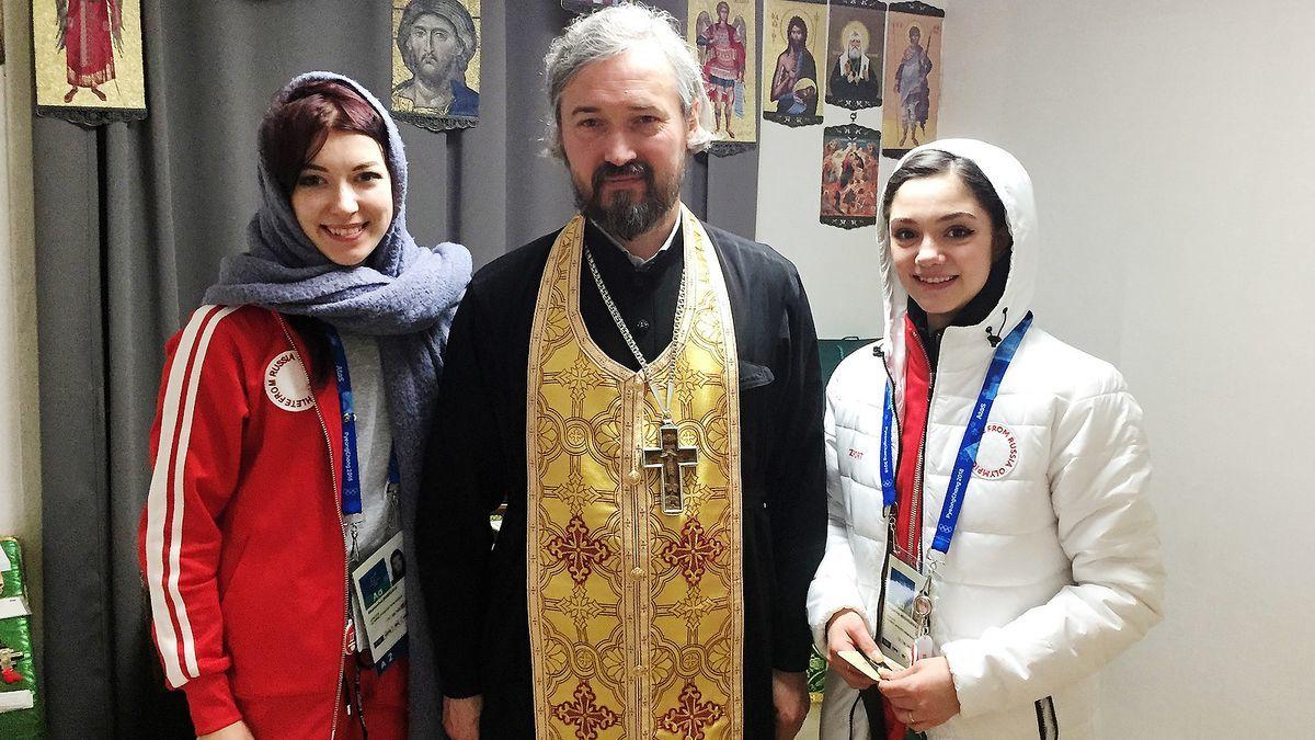 Без холодильника и ТВ, но зато с иконами и священником: реалии российской сборной в Токио
