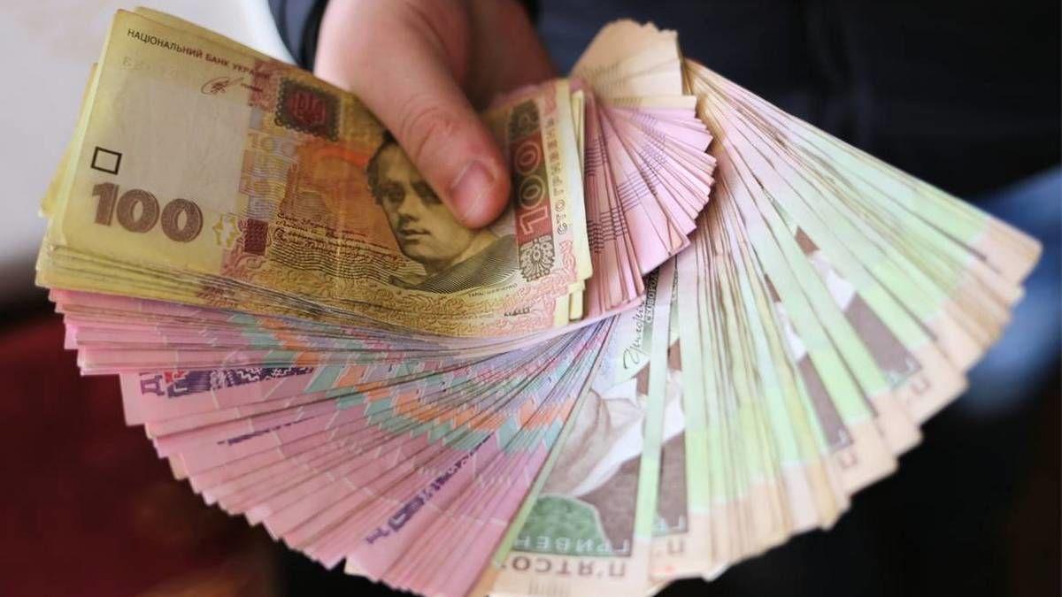 В Украине хотят поднять выплаты на первого ребенка: Кабмин одобрил проект
