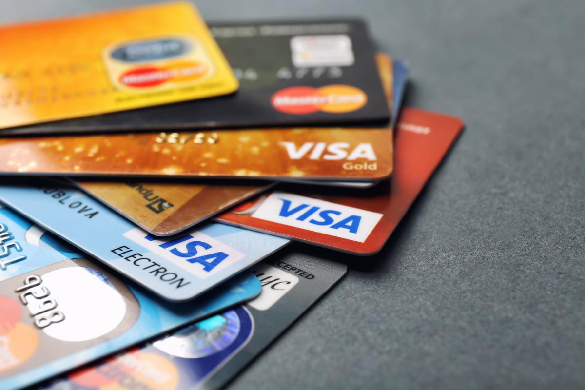 Банки в Украине смогут автоматически списывать деньги со счетов