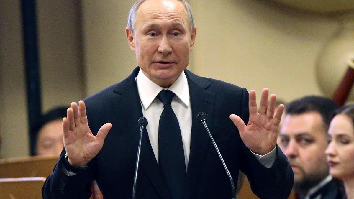 """Шарп увидел """"плохой знак"""" в """"труде"""" Путина об Украине: """"Готовится очередное жульничество"""""""