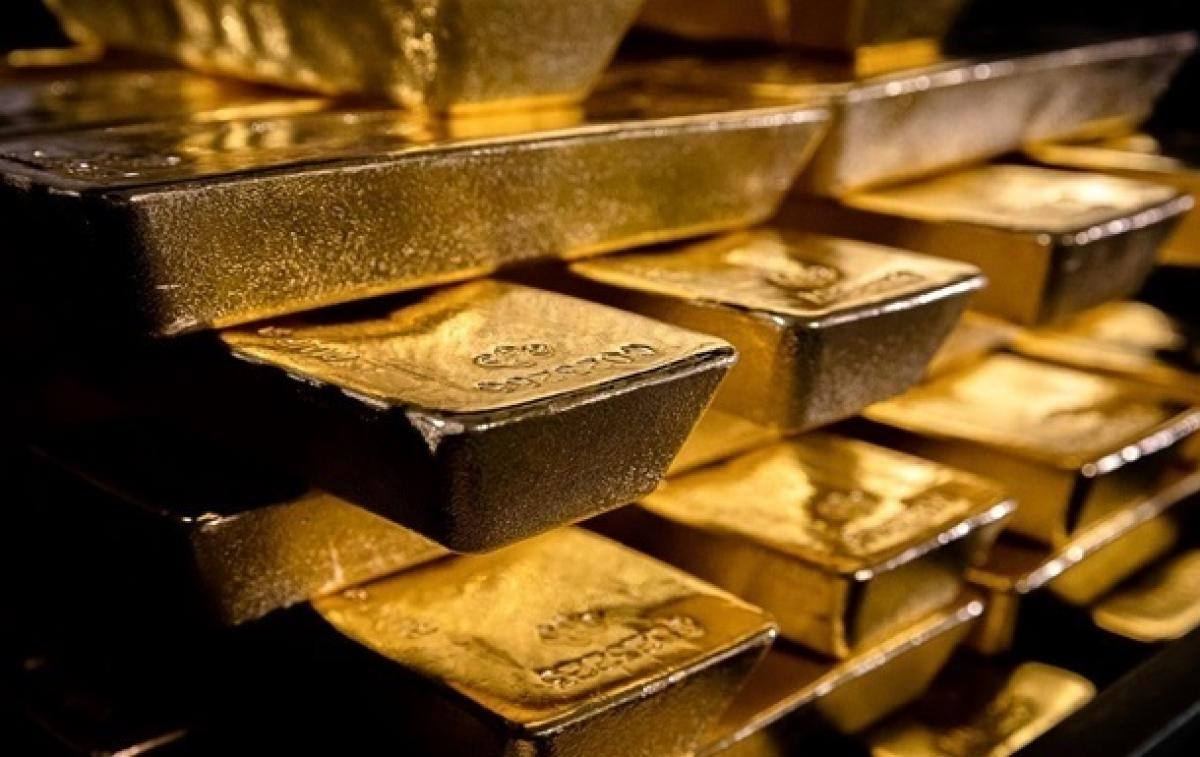 """Коронавирус дал старт """"золотой лихорадке"""": все хотят приобрести драгоценный металл"""