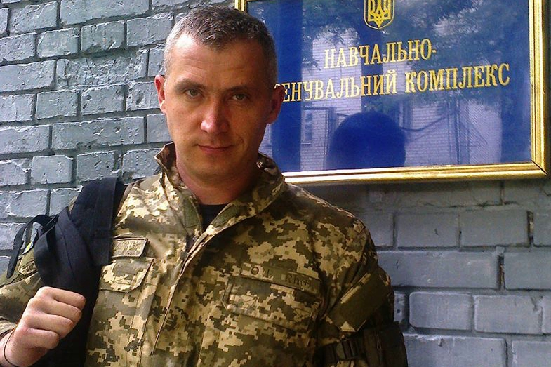 """""""Мы можем перестать стрелять, но они не перестанут, и мы потеряем Украину"""", - ветеран АТО о планах Зеленского"""