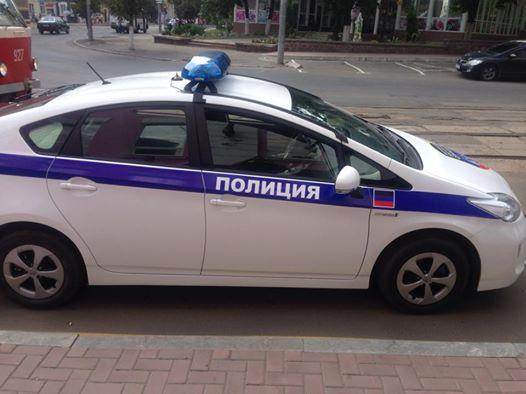 Донецк будут патрулировать полицейские машины ДНР