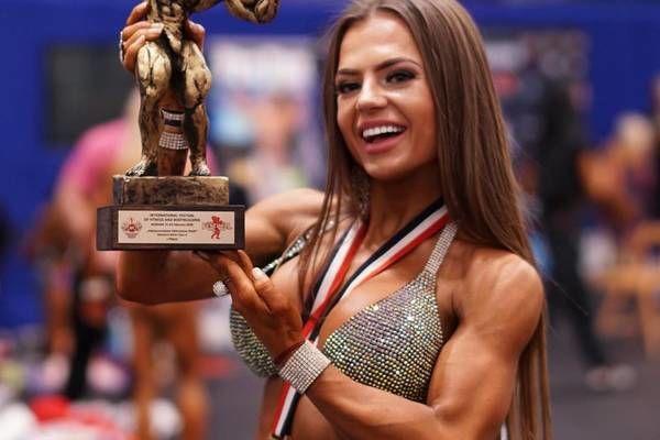 Украинская чемпионка Юлия Мишура впервые решила показать свои идеальные формы, снявшись обнаженной