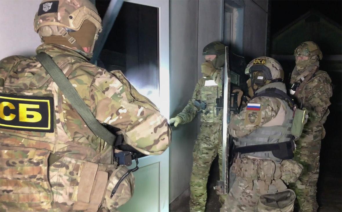 ФСБ провела арест в Крыму: жителя Симферополя обвиняют в работе на спецслужбы Украины