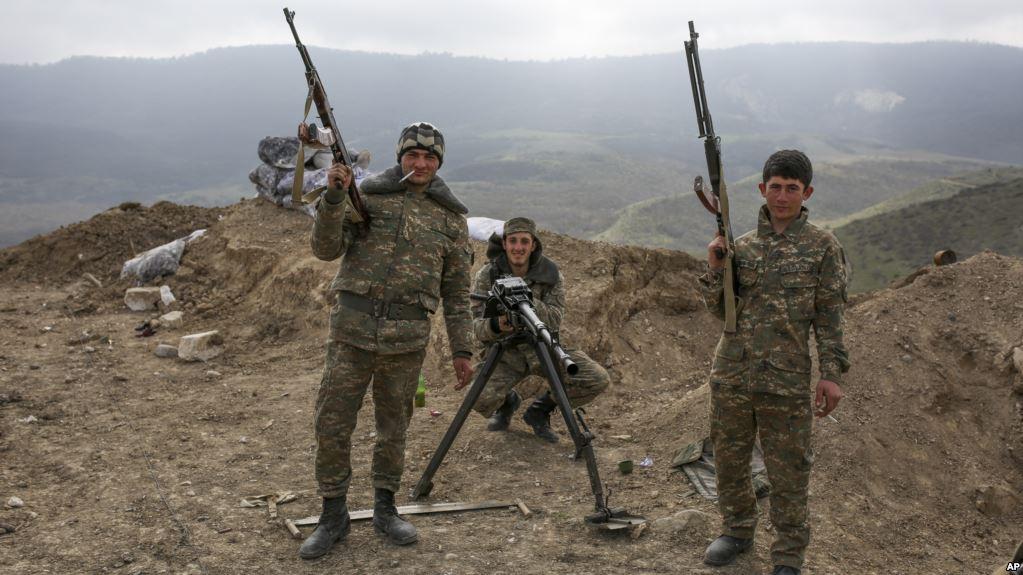 Обстановка накаляется: Азербайджан предупредил Армению по поводу Нагорного Карабаха
