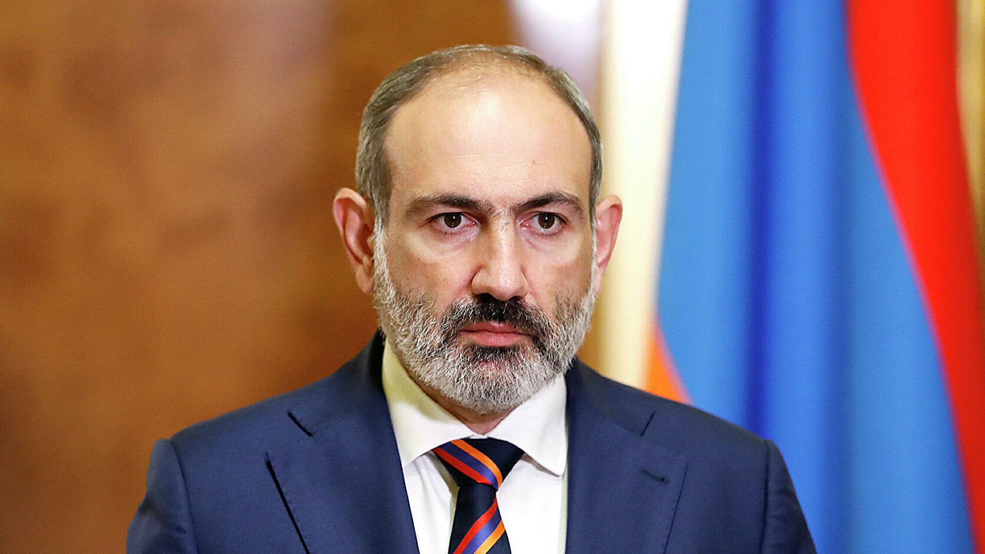 """Пашинян оправдал присутствие военных РФ на границе с Карабахом: """"Так было всегда"""""""
