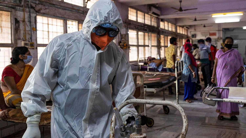 """Штамм """"индийского"""" коронавируса добрался до новых стран: в ВОЗ озвучили их количество"""