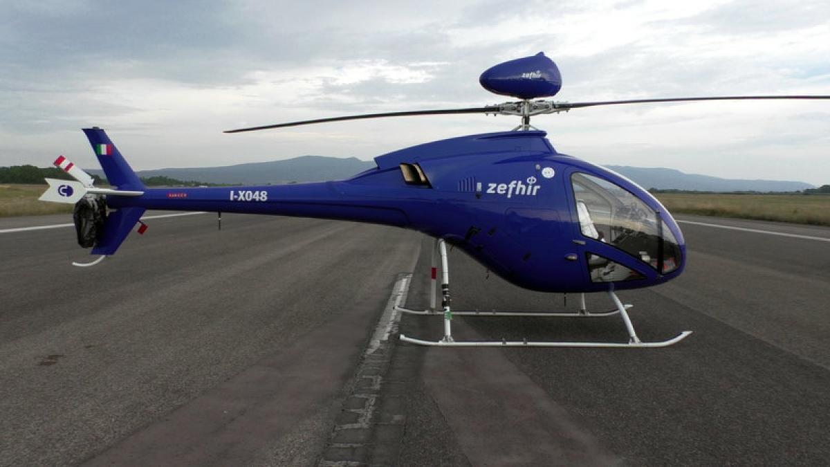 В Италии пилот мастерски посадил вертолет после удара о кусок железа, видео
