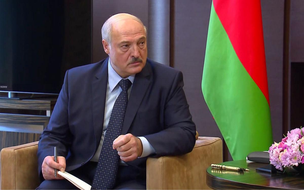 """Лукашенко пригрозил белорусским спортсменам: """"Не дай бог, будет такой же провал, как в Токио"""""""
