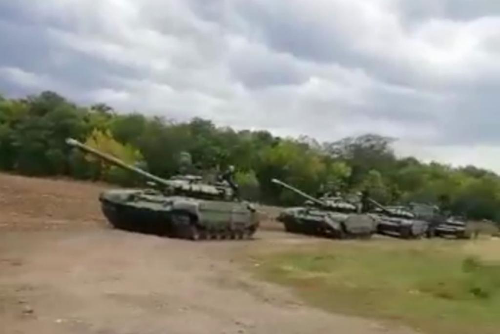 восток Украины, Донбасс, Россия, армия, ВСУ, техника, колонна, боевики
