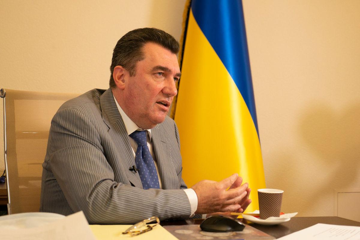Данилов вспомнил о Хабаровске, прокомментировав новость о российских магазинах в Украине