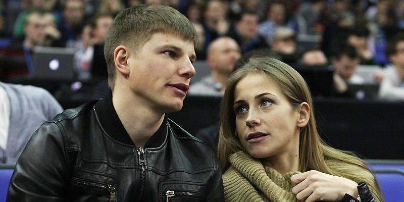 """Знакомые Аршавина и Барановской прервали молчание и назвали причину их развода: """"Андрей просто не выдержал"""""""