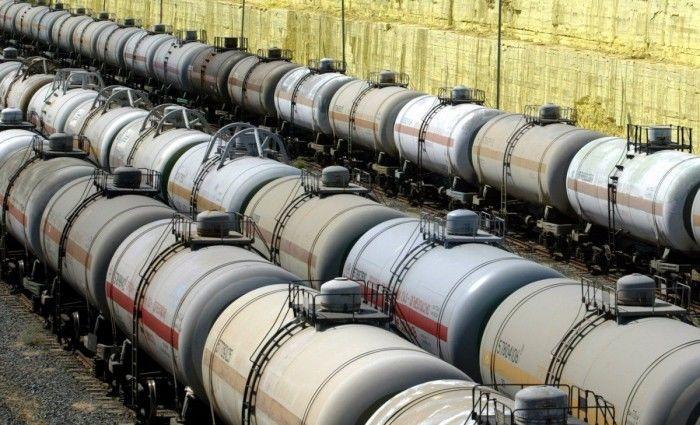 """В """"Укрзалізнице"""" объявили неутешительный прогноз: запасов дизтоплива хватит на считанные дни"""