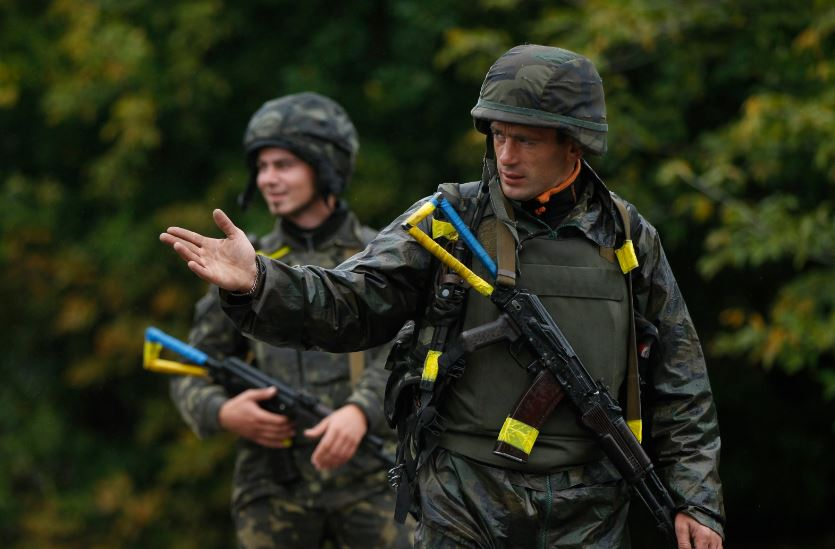 Призыву в Украине дали старт: тысячи молодых людей должны 5 мая явиться в военкоматы для отправки на службу
