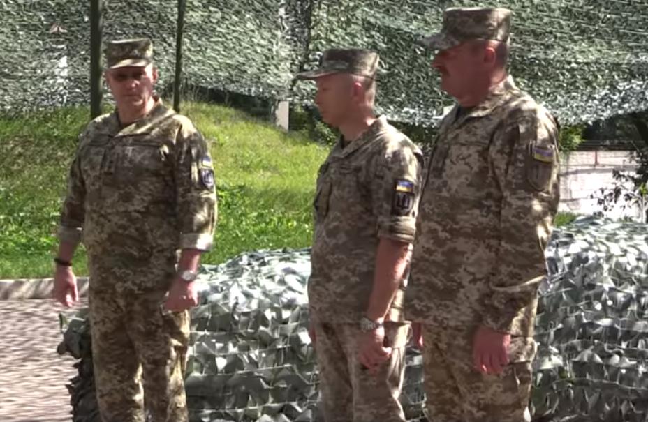 восток Украины, Донбасс, ВСУ, армия, ООС, Кравченко, Хомчак