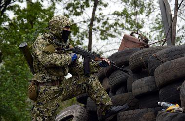 Обстановка в Донецке на 18:00: залпы и взрывы в четырех микрорайонах