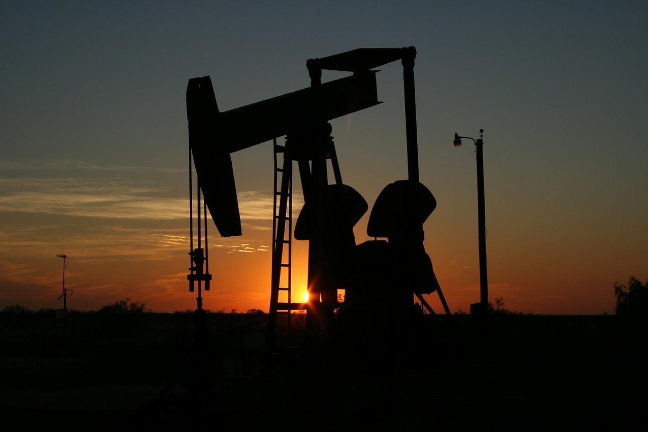 """Эксперты пояснили, что ждет нефтяной рынок после новой сделки ОПЕК+ и кто выиграл в """"войне"""""""