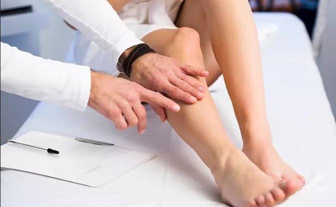 Медики назвали изменения на ногах, которые сигнализируют о развитии диабета