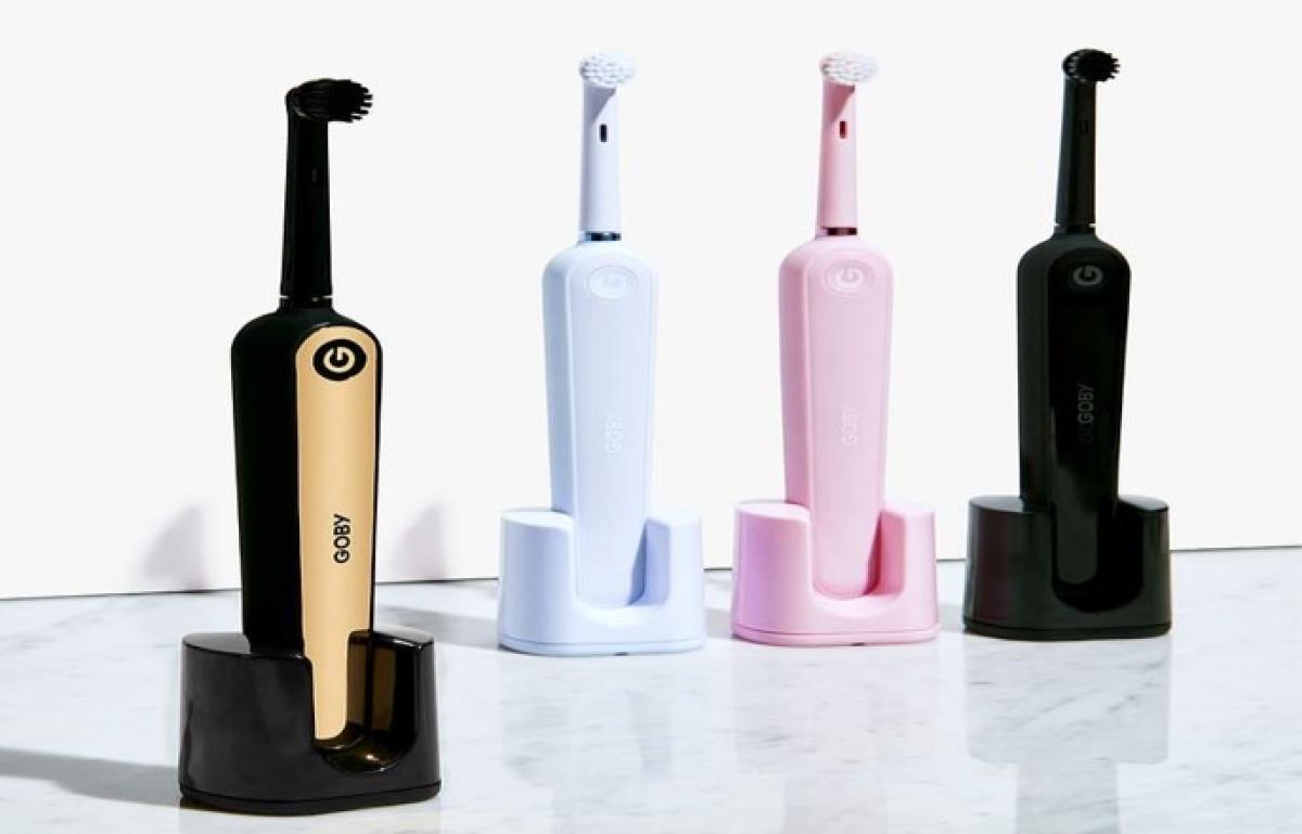 Чем электрическая зубная щетка лучше обычной?