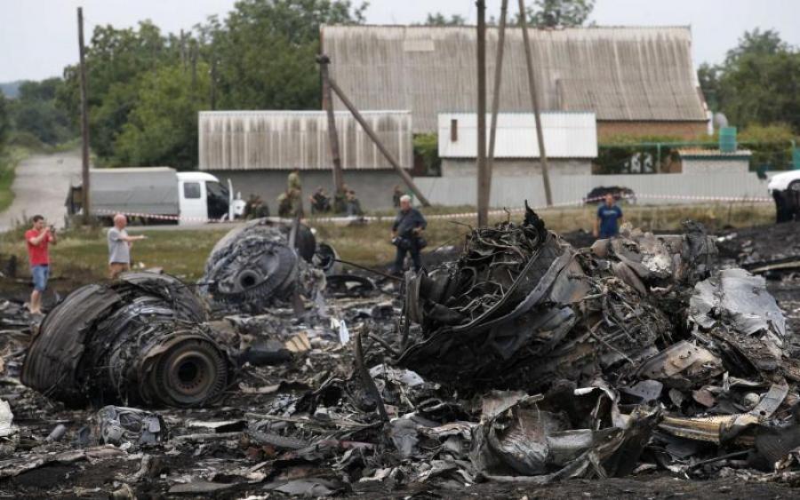 новости, катастрофа, крушение, МН17, Боинг 777, новые факты, смотреть видео, кадры, Boeing 777, Донбасс, доказательство, причастность России, Бук