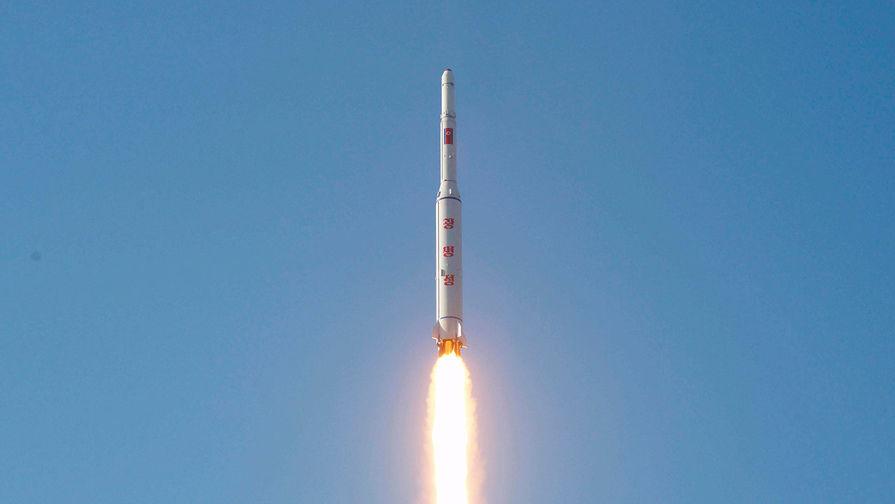 На Корейском полуострове неспокойно: КНДР запустила баллистическую ракету