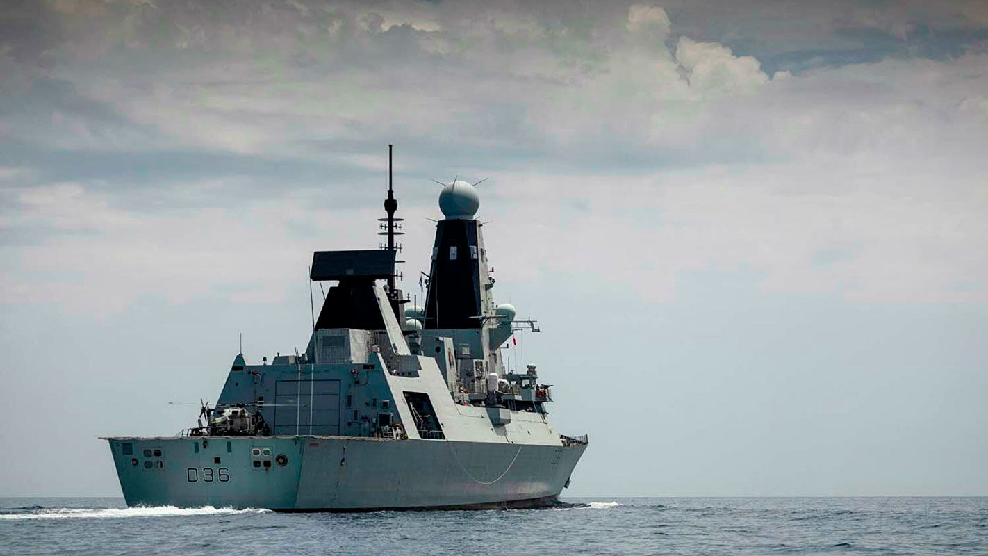 Повторить трюк британского Defender: в Киеве дали прогноз на проход украинских кораблей в водах Крыма