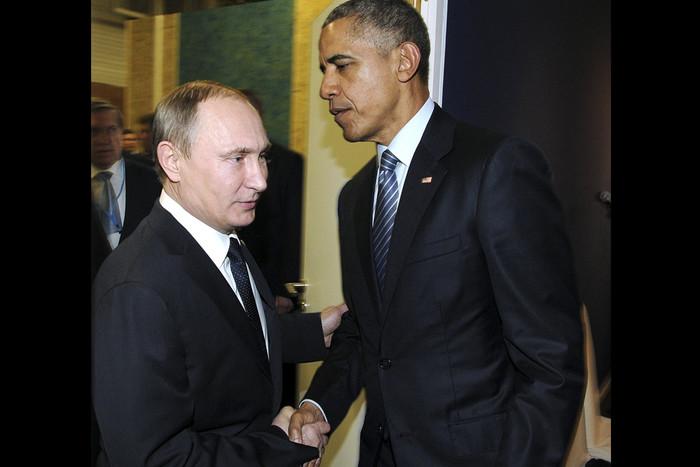 Фото дня: Перепуганный Путин и уверенный в себе Обама. И кто здесь ЛОХ?