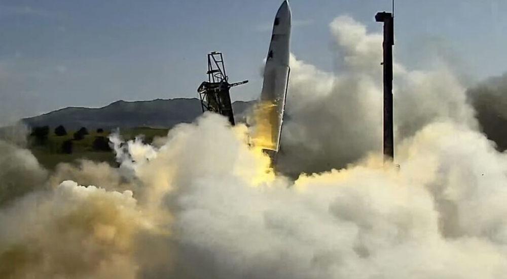 Третий подряд запуск ракеты-носителя Astra Rocket 3.3 завершился провалом - кадры