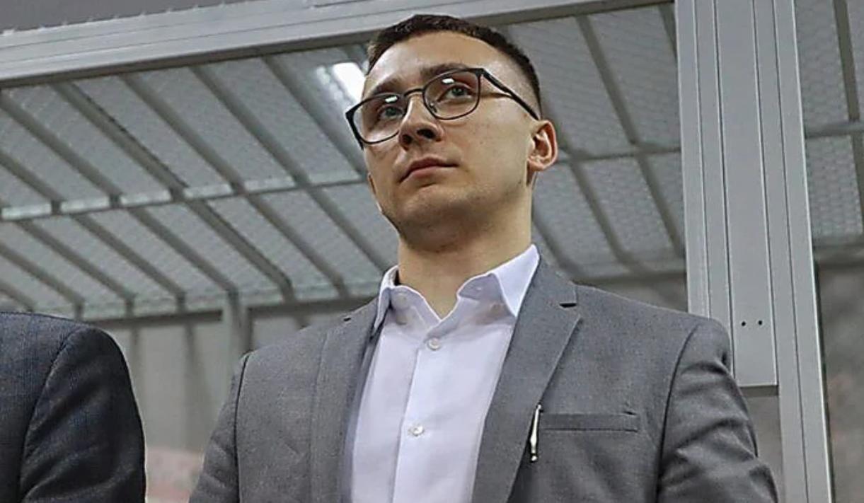 Суд дал Стерненко 7 лет тюрьмы с конфискацией имущества: в Одессе огласили приговор