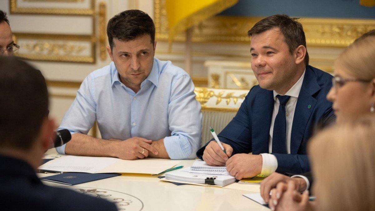 Богдан предупредил Зеленского о новых проблемах и развале монобольшинства