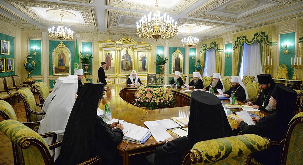 РПЦ резко поменяла позицию и начала массово молиться за воинов Украины: Кирилл удивил всех на заседании Синода