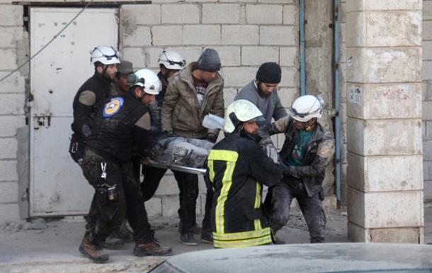Армию Асада подозревают в газовой атаке в Сирии, опубликованы ужасающие кадры
