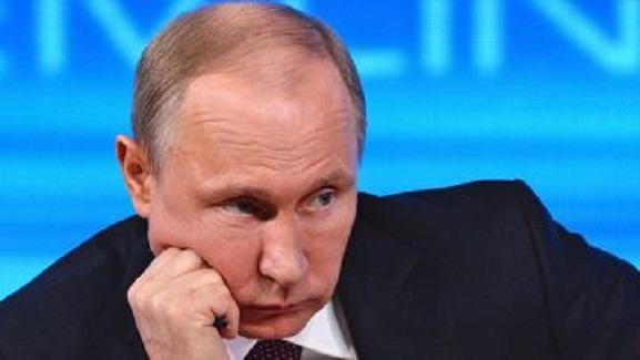 Киев так и не позвонил: пресс-секретарь Путина обиженно рассказал, как президент РФ не дождался поздравлений от Украины
